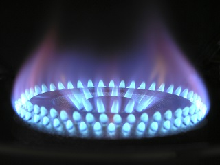 image of flame from kitchen stove burner